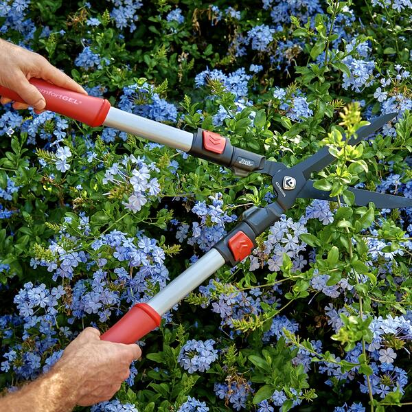 ComfortGEL Hedge Shears on Corona Tools